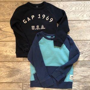 2 boys Gap crewneck sweatshirts in great used cond